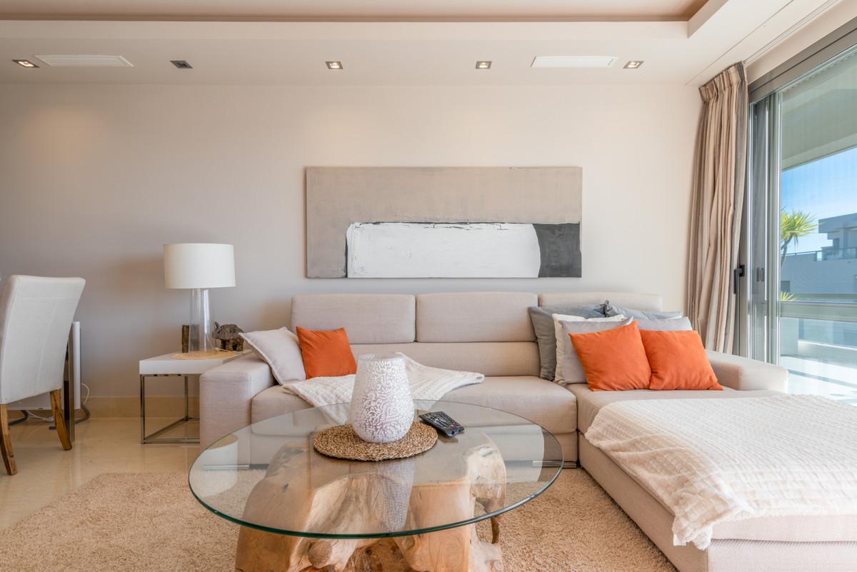R3599987   Penthouse in Benahavís – € 775,000 – 3 beds, 2 baths