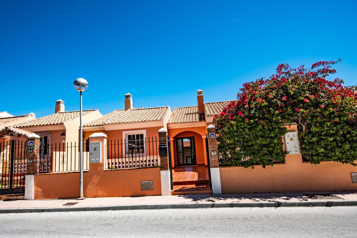 Ref:R3411979 Townhouse For Sale in Riviera del Sol