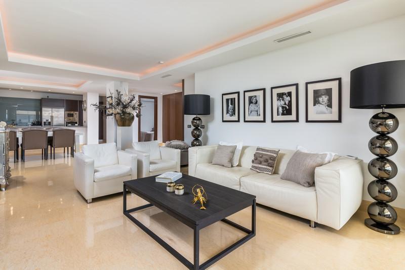 Apartamento Planta Baja, Benahavís – R3502417