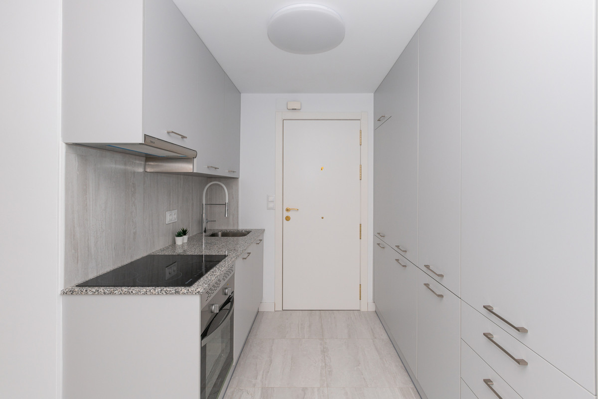 Apartamento en Venta en Marbella – R3804703