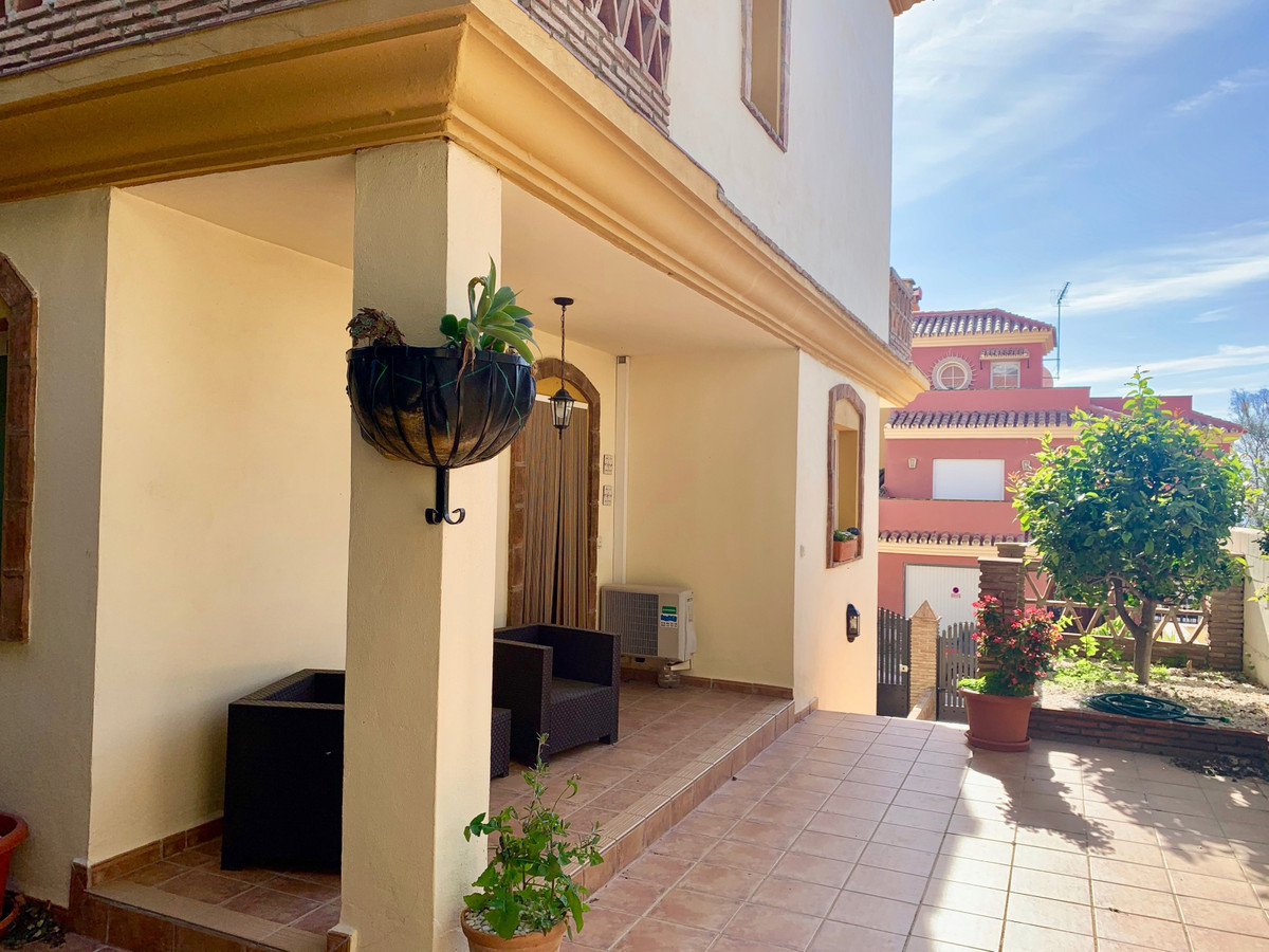 * Recently Reduced* A great semi detached townhouse, perfectly located within walking distance to th,Spain