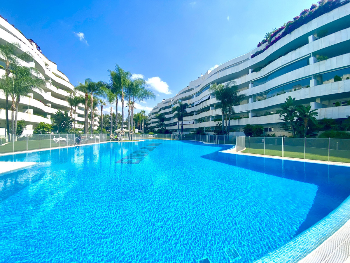 LOCATION! LOCATION! LOCATION!  Beautiful 3 bedroom spacious ground floor apartment located only a fe,Spain
