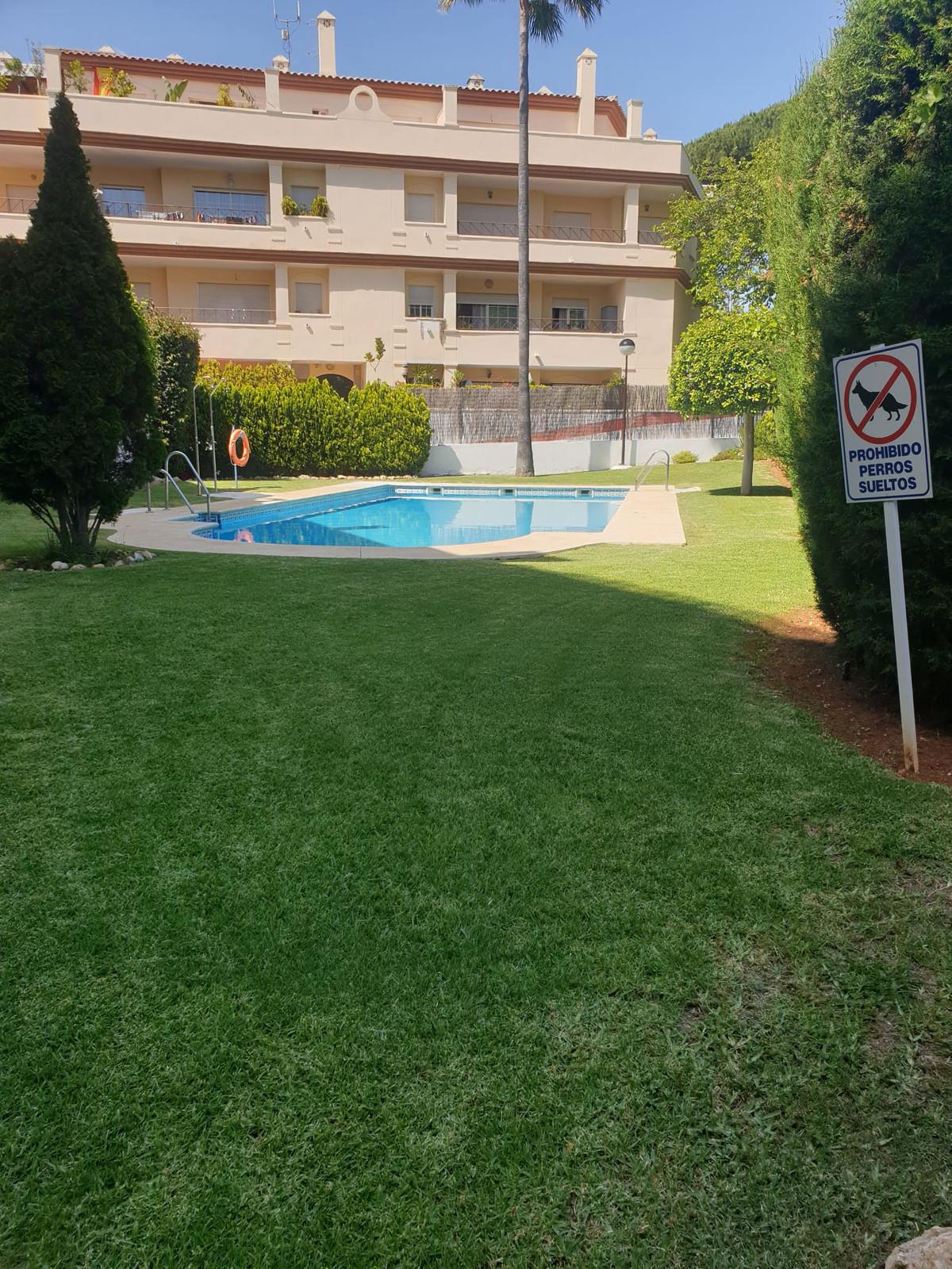 Marbella Banus Apartamento en Planta Última en Venta en Elviria – R3648071