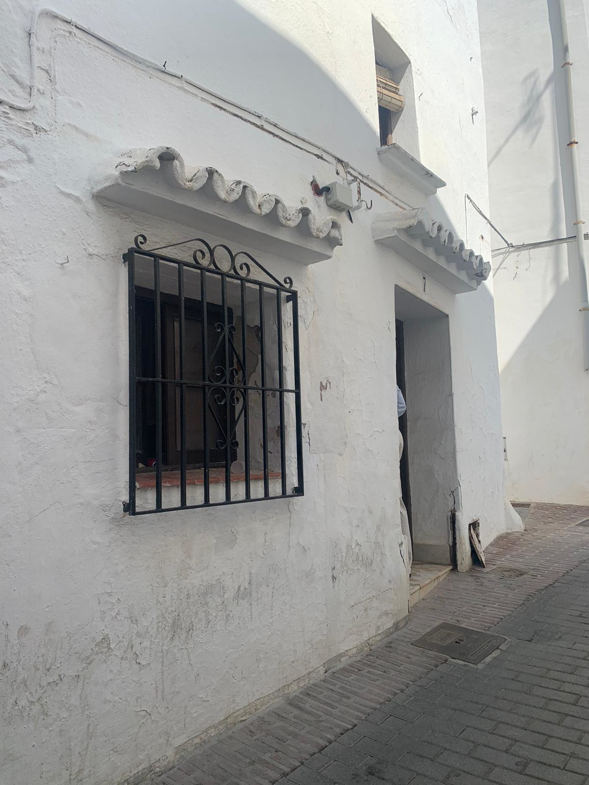 2 Bedroom Terraced Townhouse For Sale Ojén