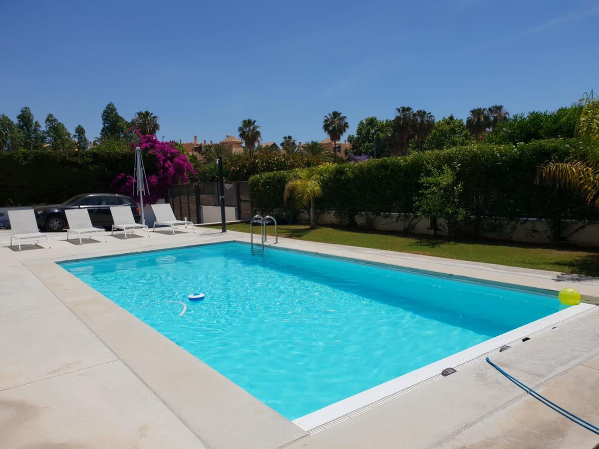 Marbella Banus Villa – Chalet en Venta en San Pedro de Alcántara – R3645272