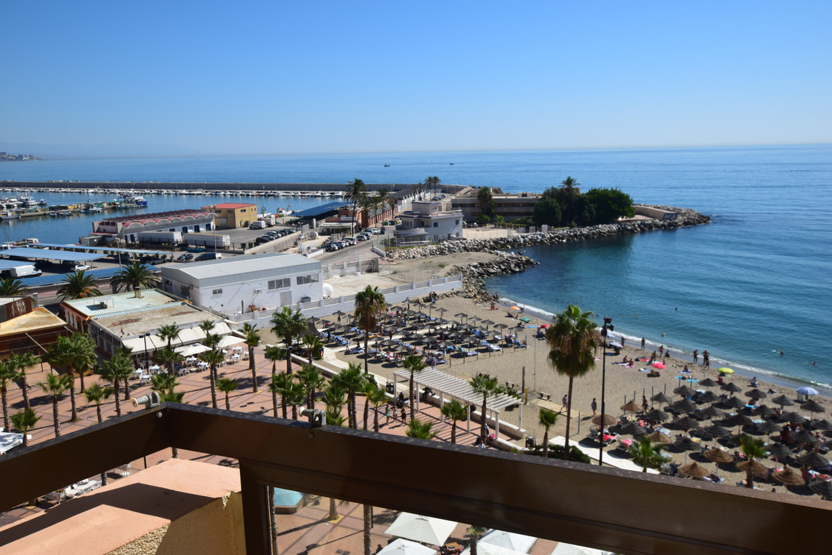 Great apartment on the first line of the beach in the center of Fuengirola, right by the harbor. Apa,Spain