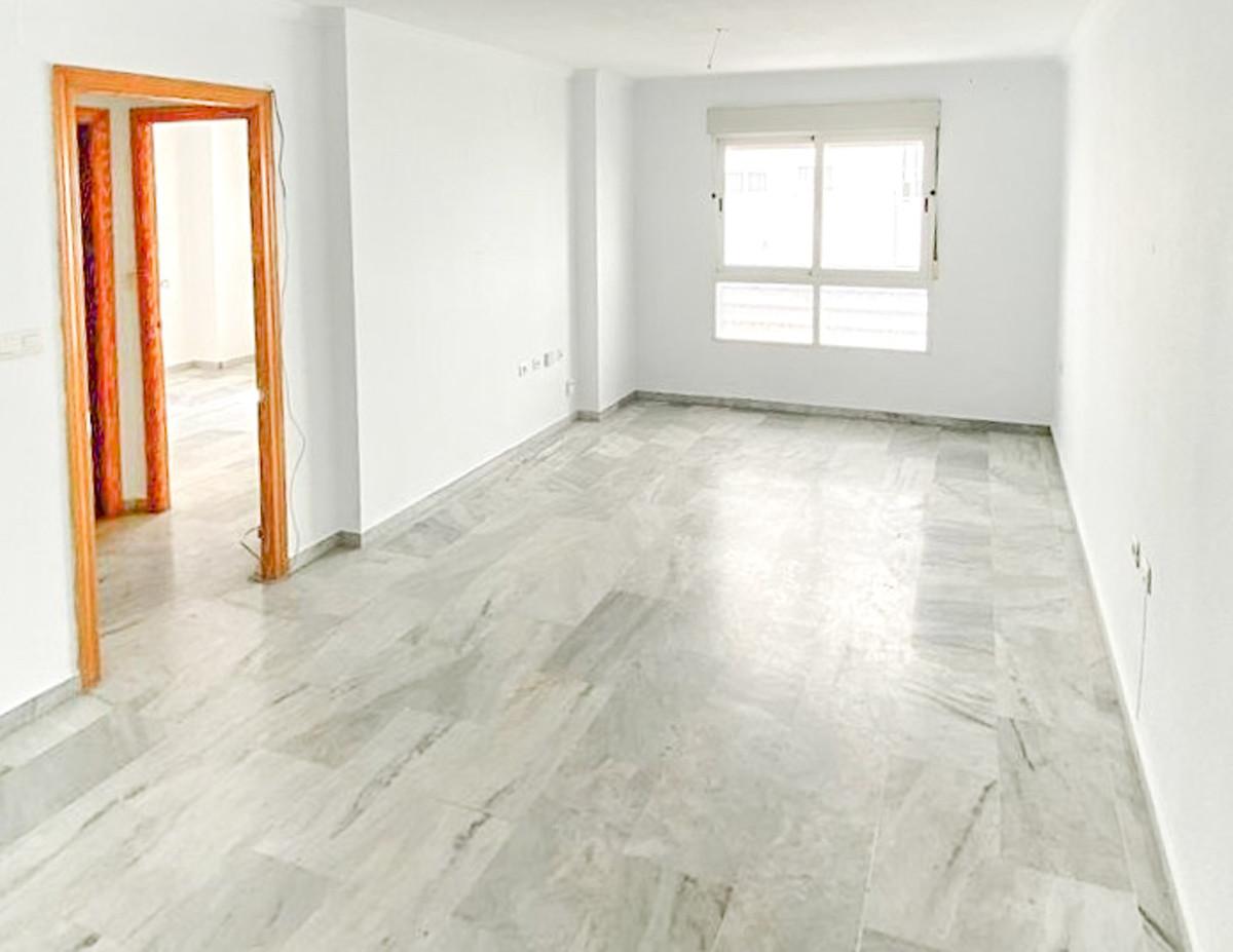 Marbella Banus Apartamento en Venta en San Pedro de Alcántara – R3866824
