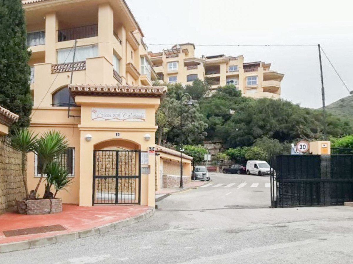 Ref. JARE-1548  APARTMENT IN CALAHONDA. MIJAS. MALAGA. Negotiable price!!.  LOOKING FOR PEACE AND TRSpain