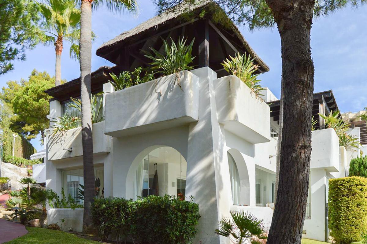 Apartamento, Planta Baja  en venta    en Río Real