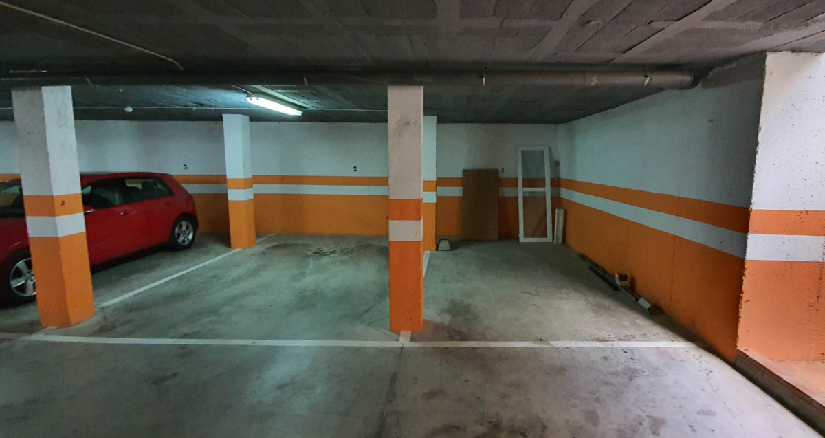 GARAGE PLACE IN URBANIZATION IN ESTEPONA, MALAGA  Opportunity to acquire a garage space with a usefu,Spain