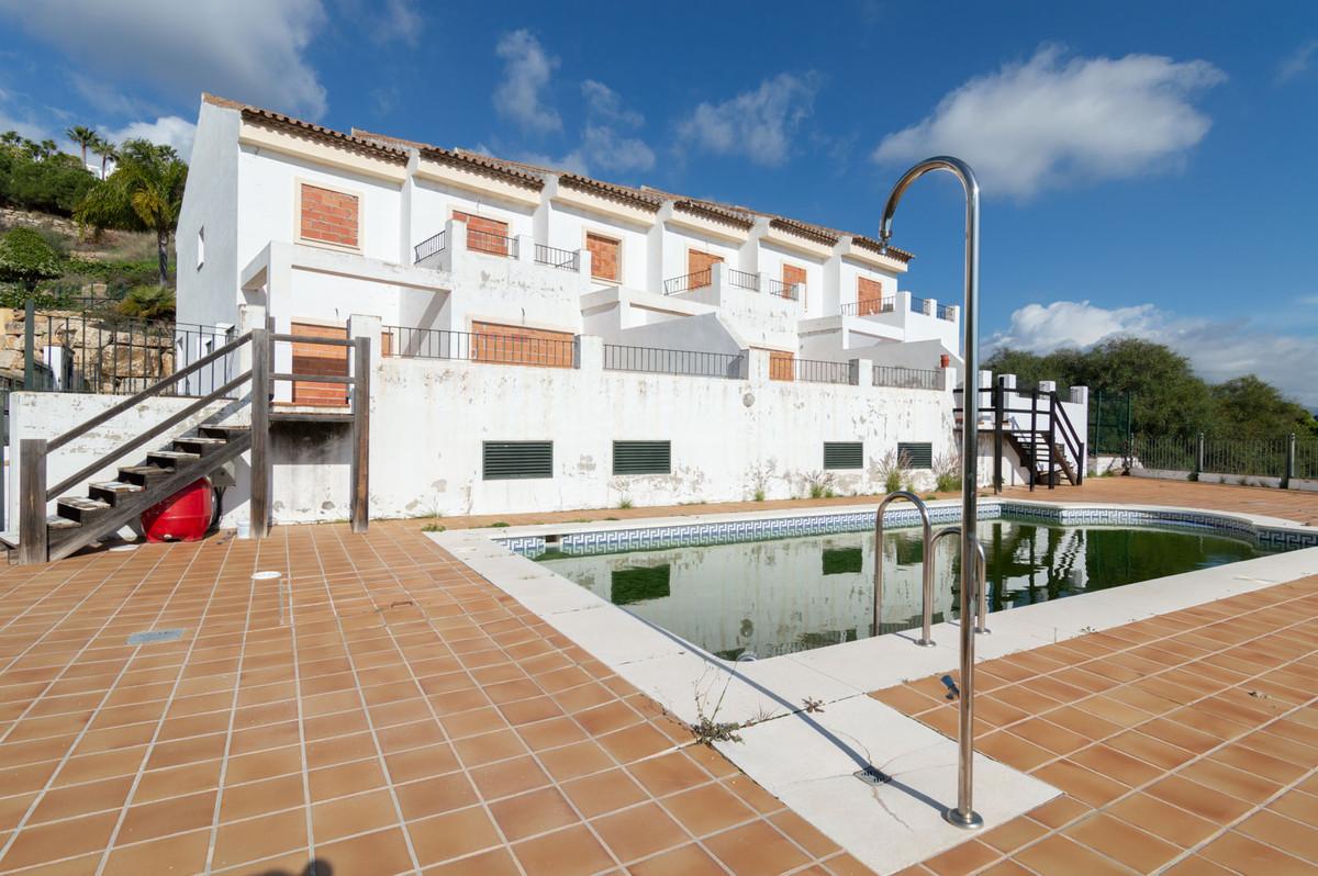 Villa – Chalet en Venta en Benahavís – R3636890