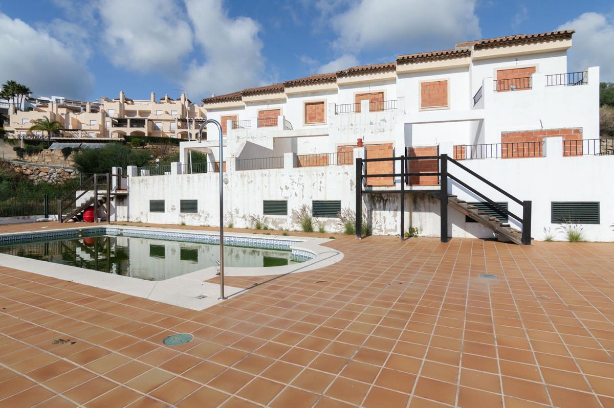R3636890   Detached Villa in Benahavís – € 1,135,500 – 9 beds, 9 baths