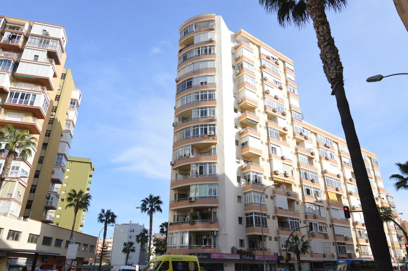 Top Floor Studio - Torremolinos - homeandhelp.com