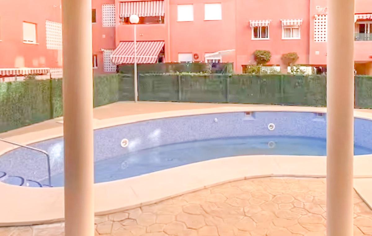 Marbella Banus Apartamento en Venta en San Pedro de Alcántara – R3864151