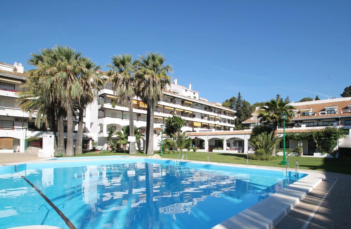 Marbella Banus Apartamento en Venta en The Golden Mile – R3703835