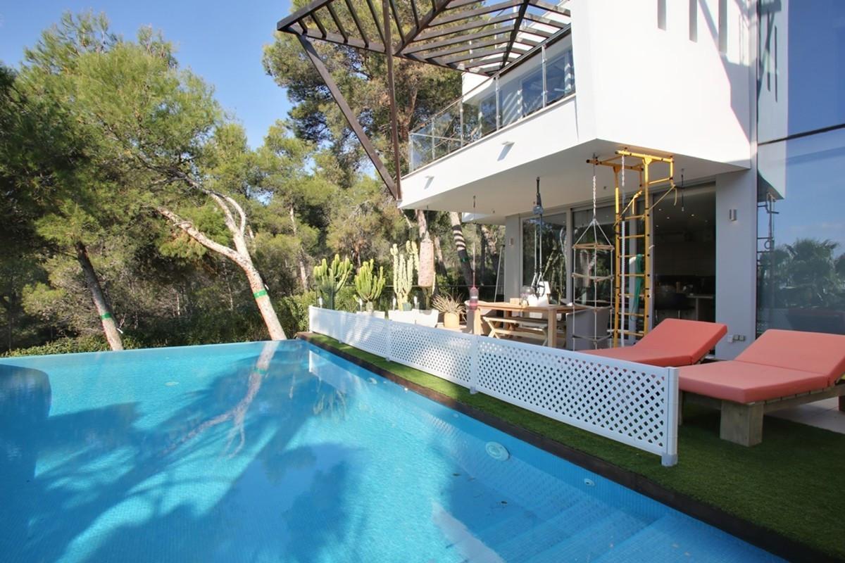 Marbella Banus Adosada en Venta en Sierra Blanca – R3704231