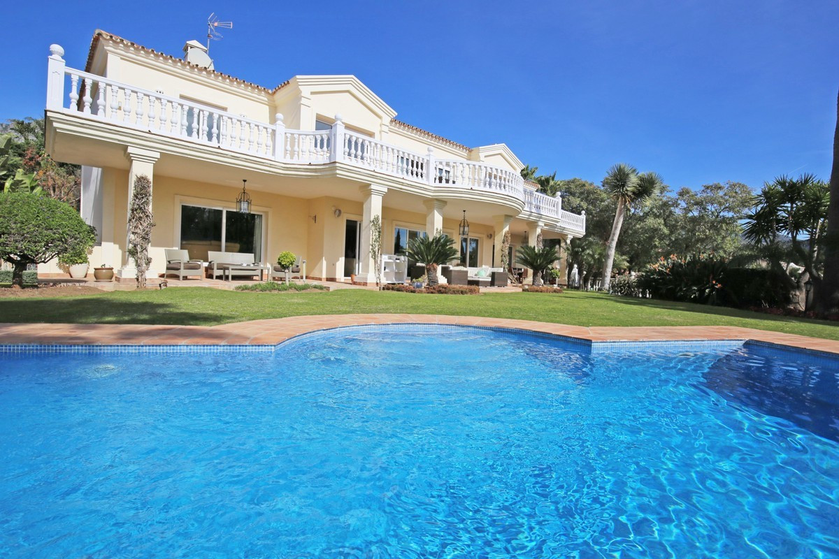 6 bedroom villa for sale sierra blanca