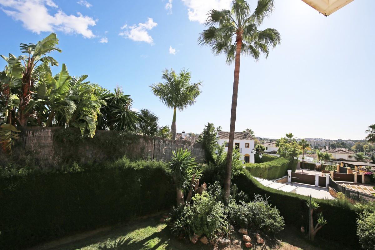 Villa – Chalet en Venta en Las Brisas – R3704114