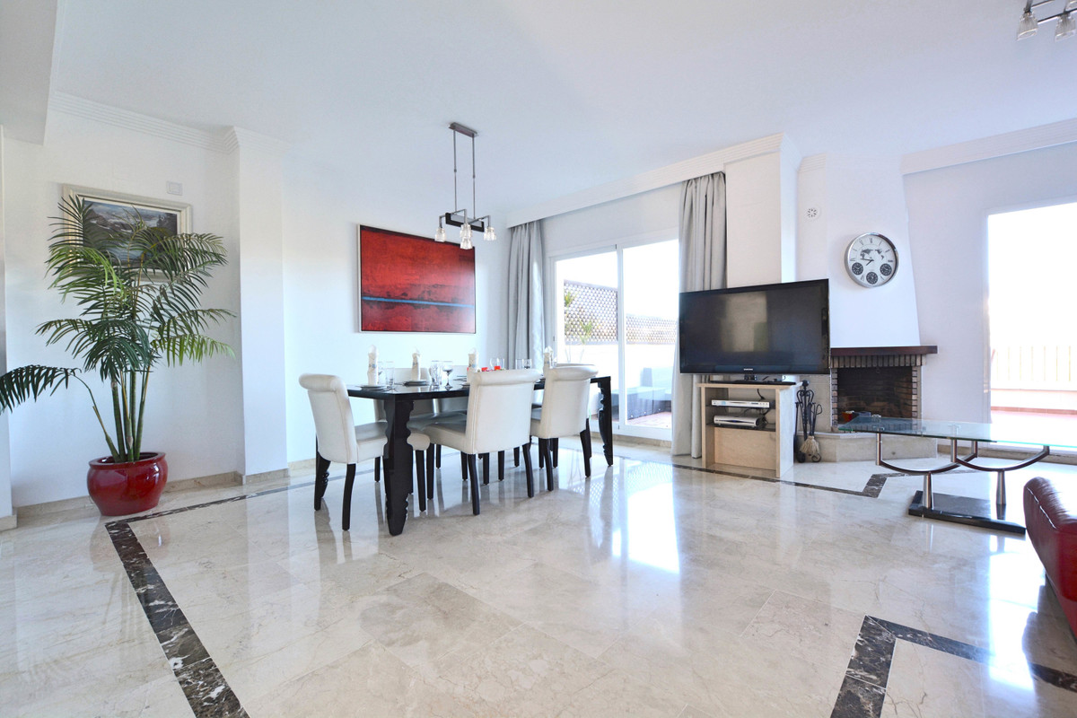 SALES This 3-bedroom  townhouse is located in the exclusive gated community.. It is built with the h,Spain
