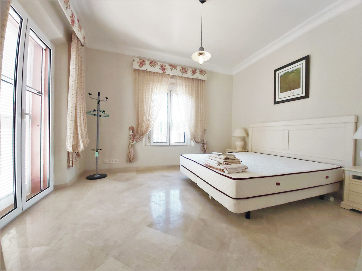 4 Bedroom Detached Villa For Sale Sotogrande Alto