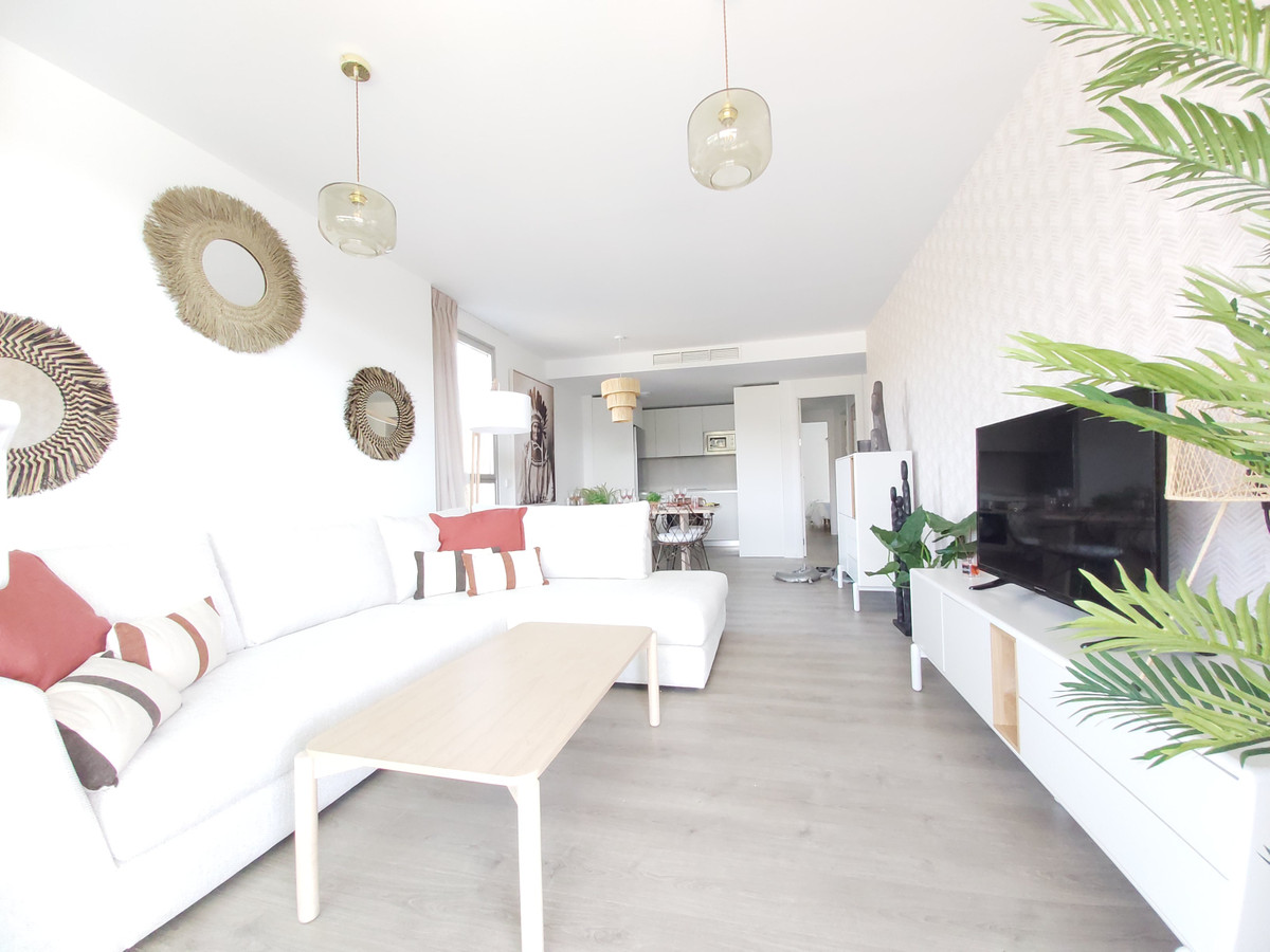 Nice apartment in a newly built urbanization, Estepona 119 Sq m built and a large terrace of 20 Sq m,Spain