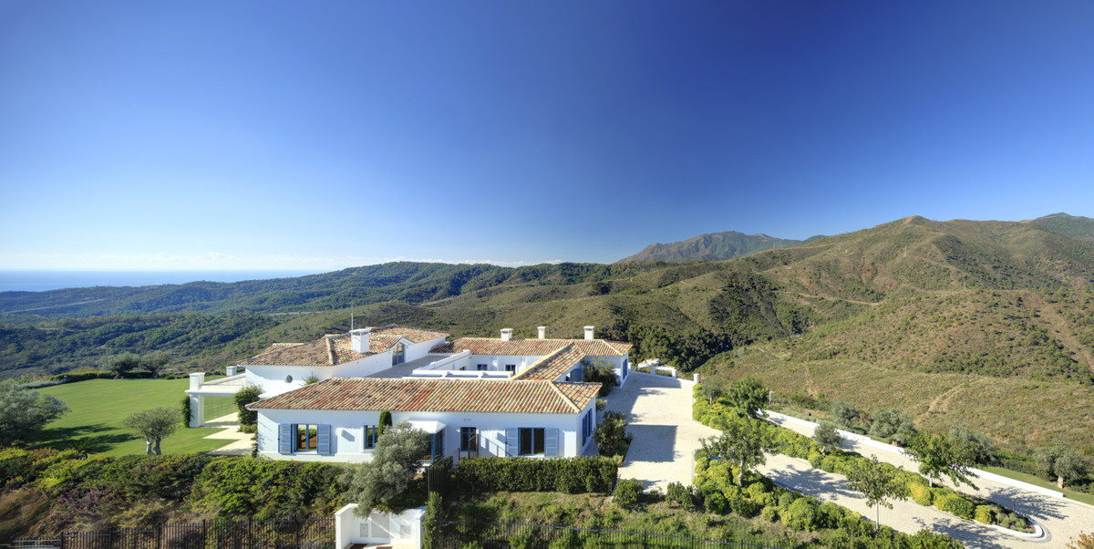 Spectacular Andalusian country villa, completely renovated with great detail and carefully selected., Spain