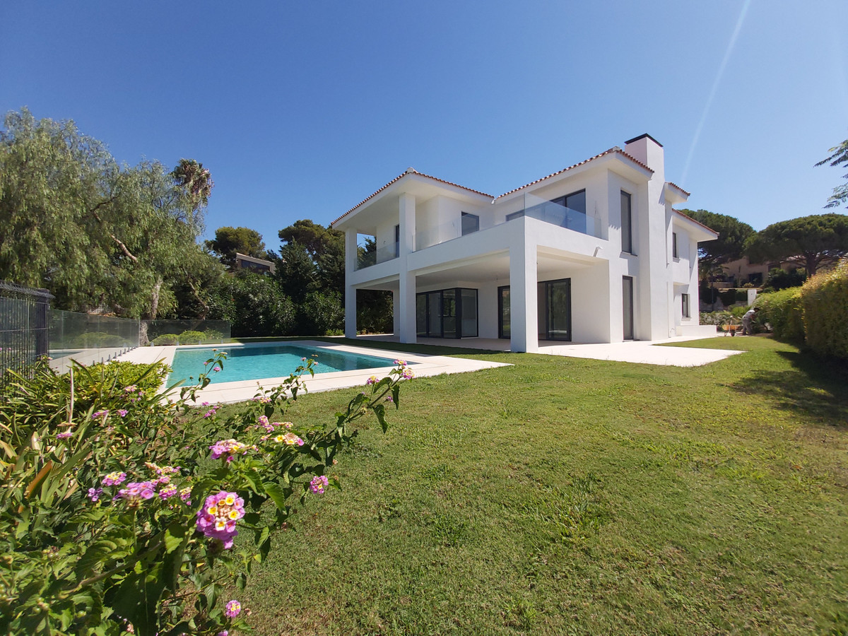 Villa  Detached 													for sale  																			 in Cabopino