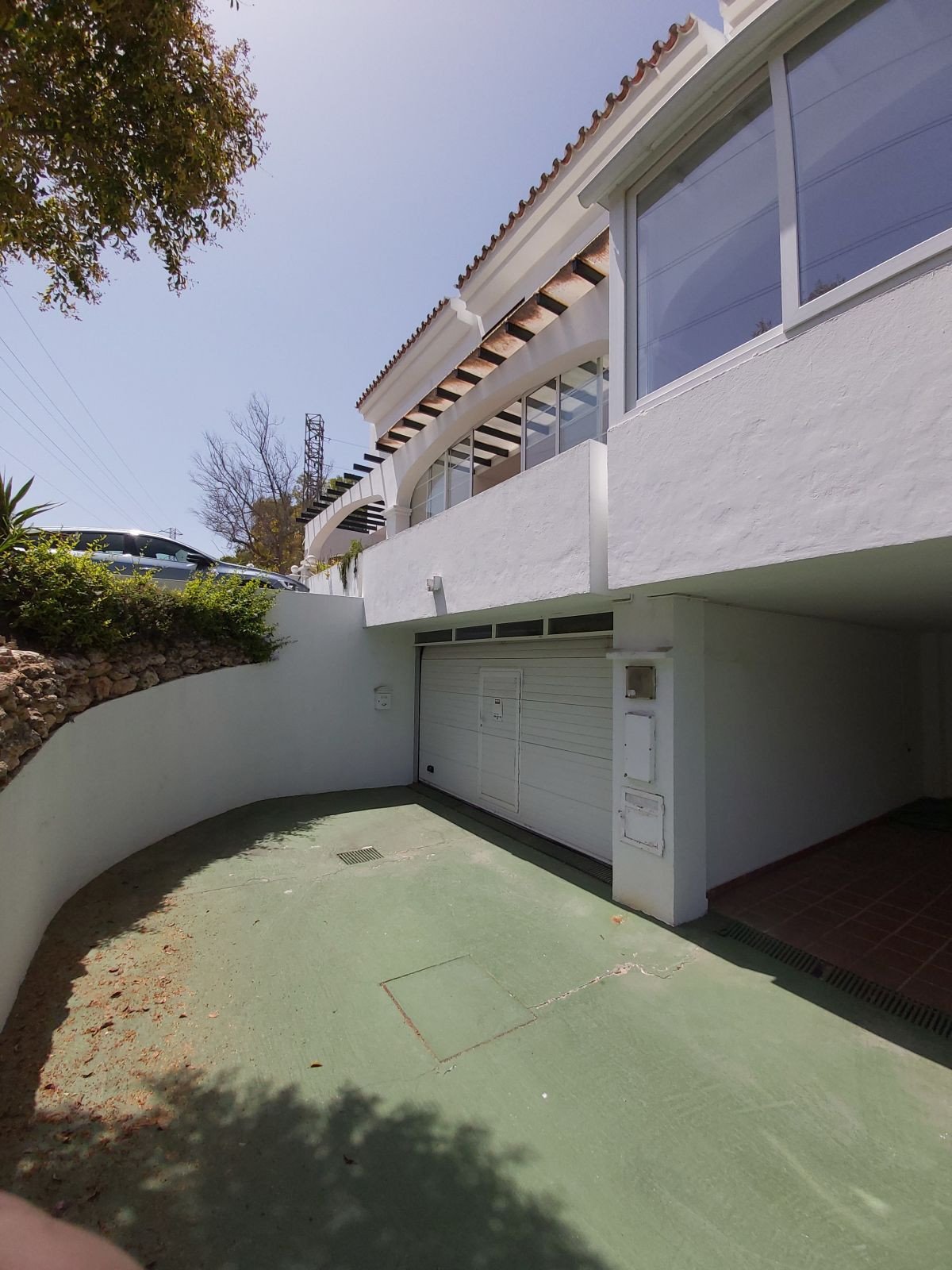 Townhouse with 4 bedrooms and 2 bathrooms, total 210 m², ideal for families, surrounded by schools (, Spain
