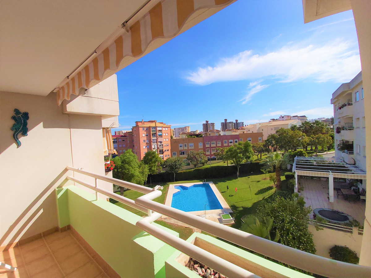 Charming penthouse with 2 bedrooms and 1 bathroom in Torremolinos, in a perfect location as it is cl, Spain
