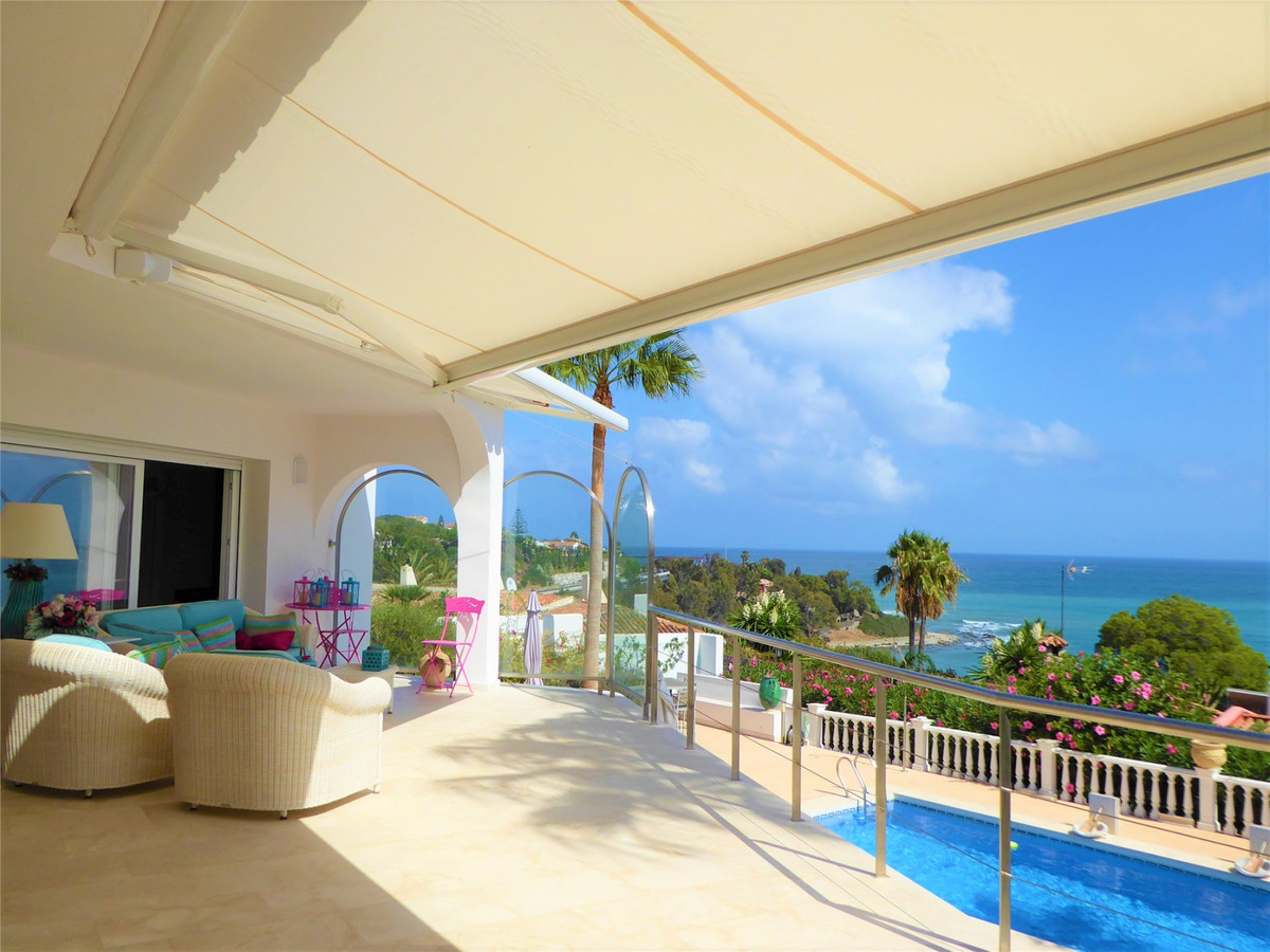 Detached Villa · Sotogrande Playa