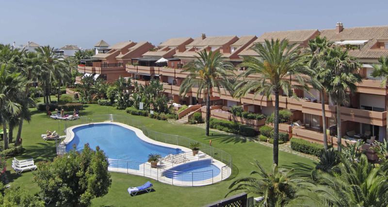 Marbella Banus Apartamento Planta Media en venta, Puerto Banús – R3483976