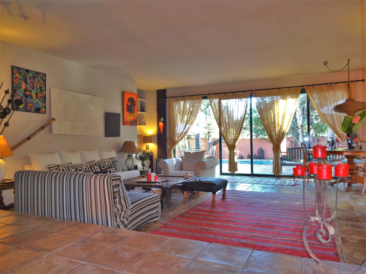 Villa en Venta en Nagüeles – R3541222