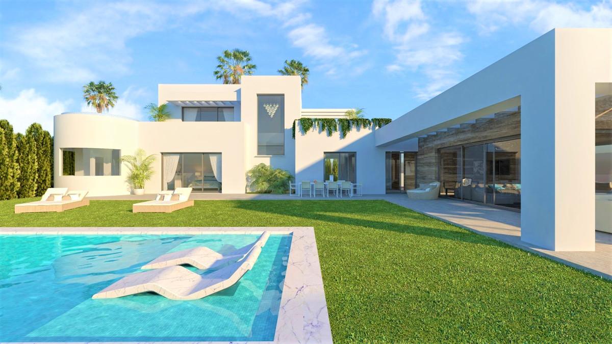 Villa con 5 Dormitorios en Venta Benamara