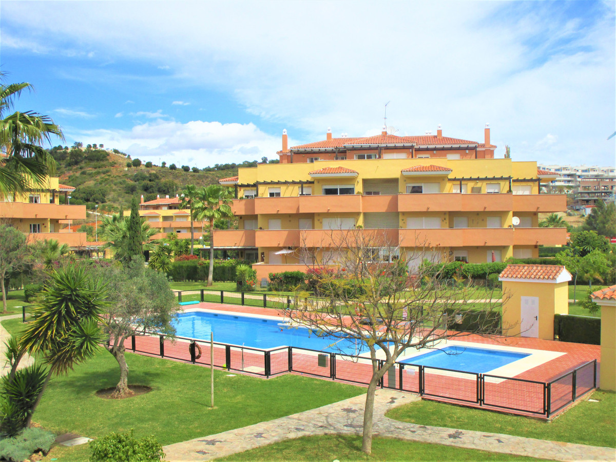 Wonderful apartment in La Cala de Mijas in first line of Golf a very good urbanization.    With ever, Spain