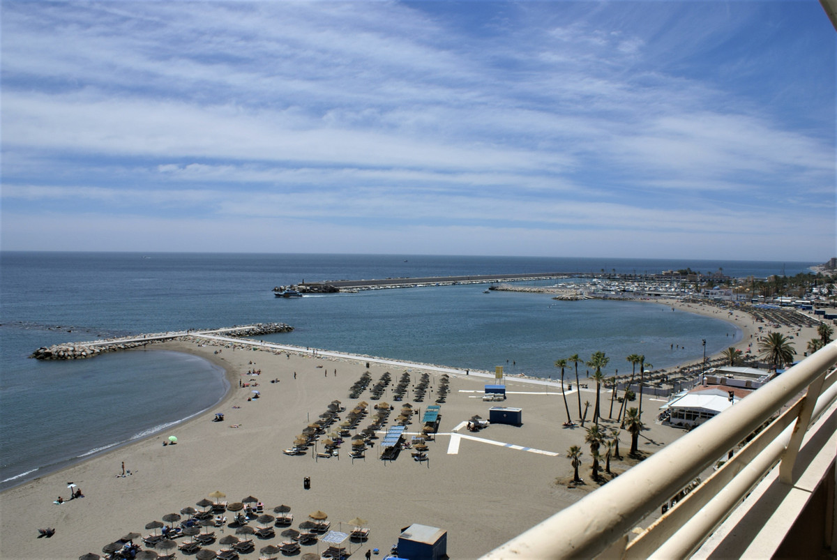 Looking for PRIME LOCATION ..this is it. Front line beach studio apartment in the very much sought a, Spain