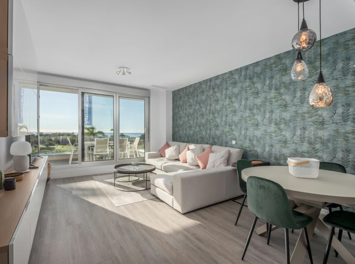 New construction apartment with sea views in Le Mirage complex, consisting of three bedrooms and two,Spain