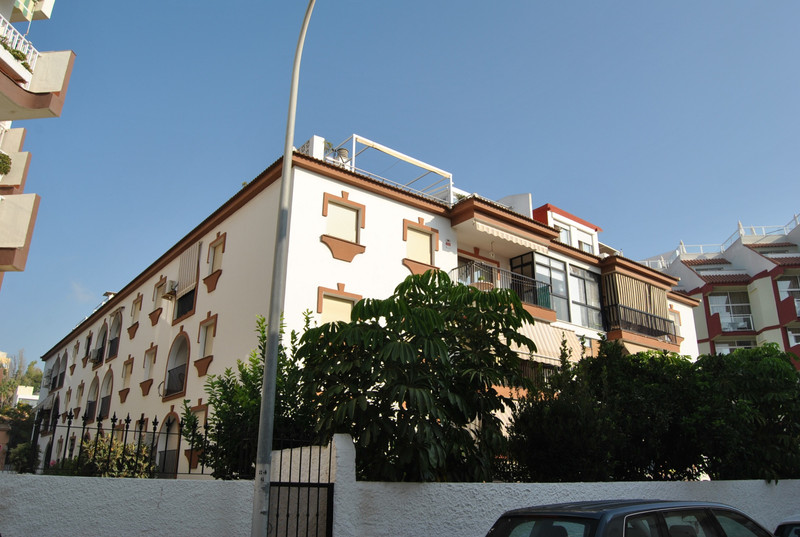 Middle Floor Apartment - La Carihuela - R3500524 - mibgroup.es