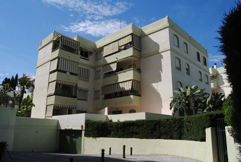 Apartamento Planta Baja a la venta, Torremolinos – R3418831
