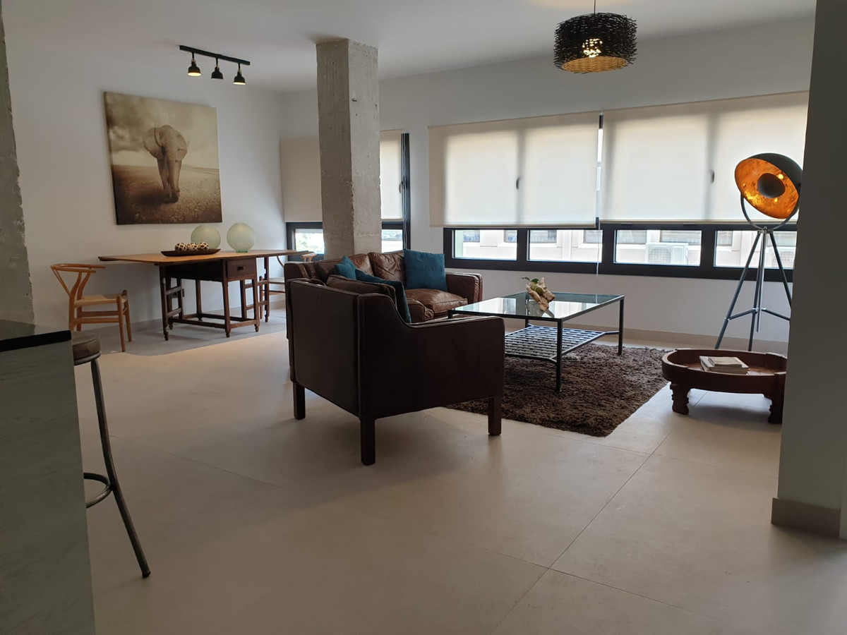 Fantastic apartment located next to Avenida de Andalucia, very close to Picasso Gardens, Corte Ingle, Spain