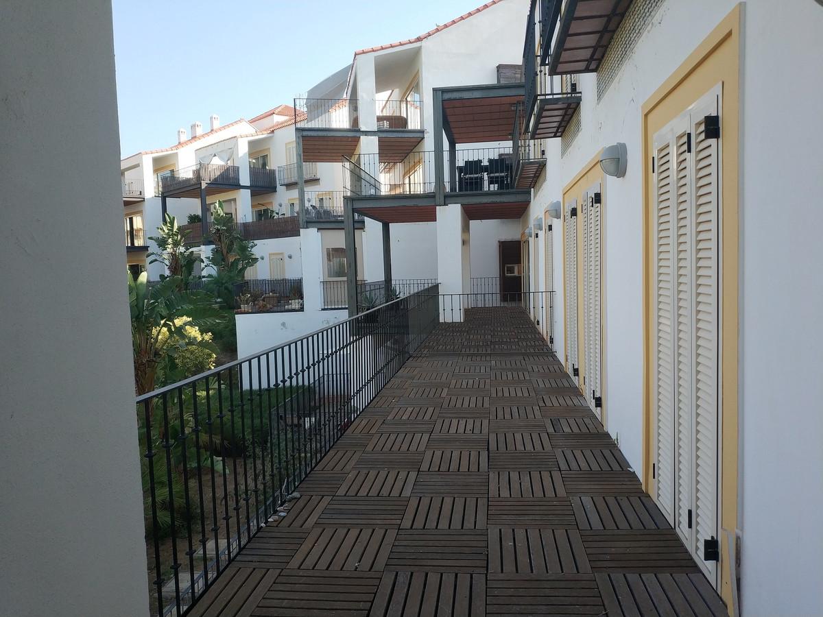 Apartment in Alhaurín de la Torre R3208939 12