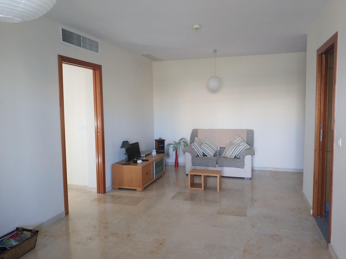 Apartment in Alhaurín de la Torre R3208939 4