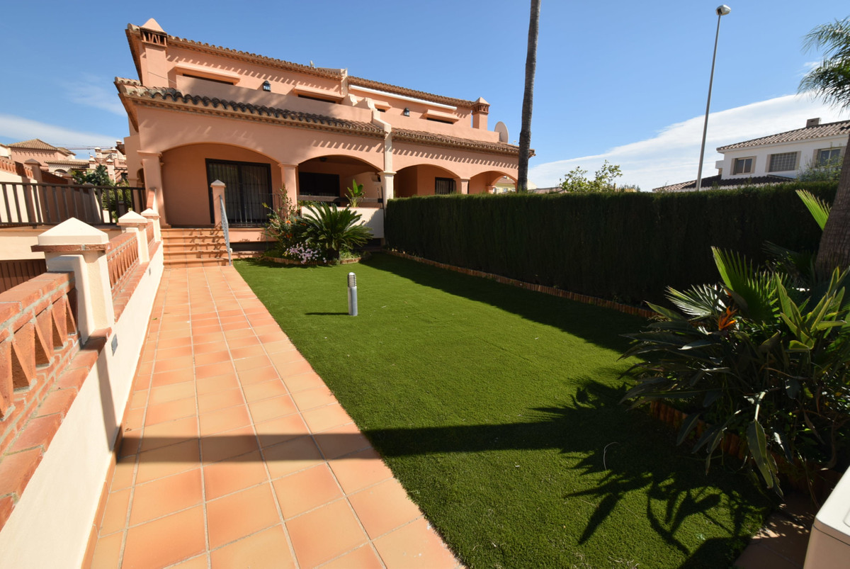 Villa  Semi Detached 													for sale  																			 in La Cala de Mijas