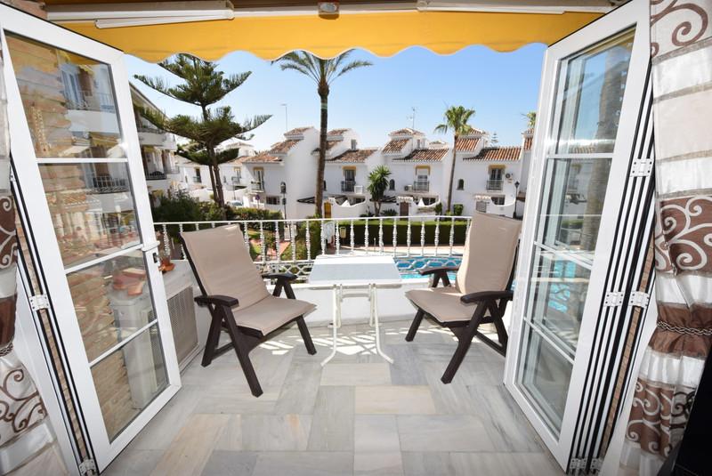 Marbella Banus Apartamento Planta Media a la venta en La Cala de Mijas – R3445324