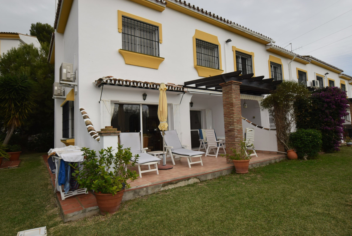 Semi detached townhouse in a small community with lovely community pool and gardens comprising of th,Spain