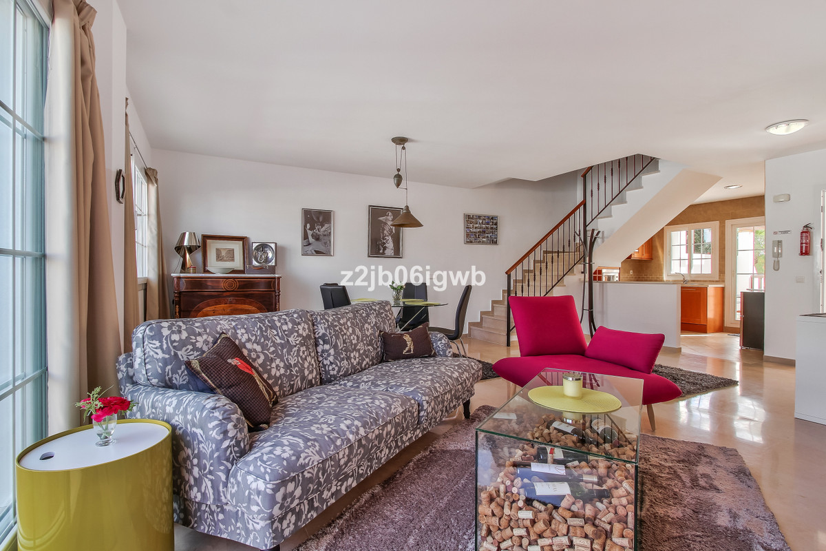 Apartment in Alhaurín de la Torre R3378196 11