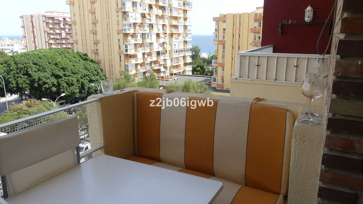 BARGAIN KEY READY STUDIO APARTMENT INVESTMENT in the Gamonal area of Benalmadena and Arroyo de la Mi, Spain