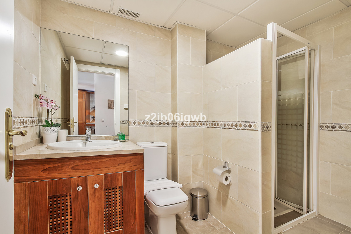 Apartment in Alhaurín de la Torre R3377881 8