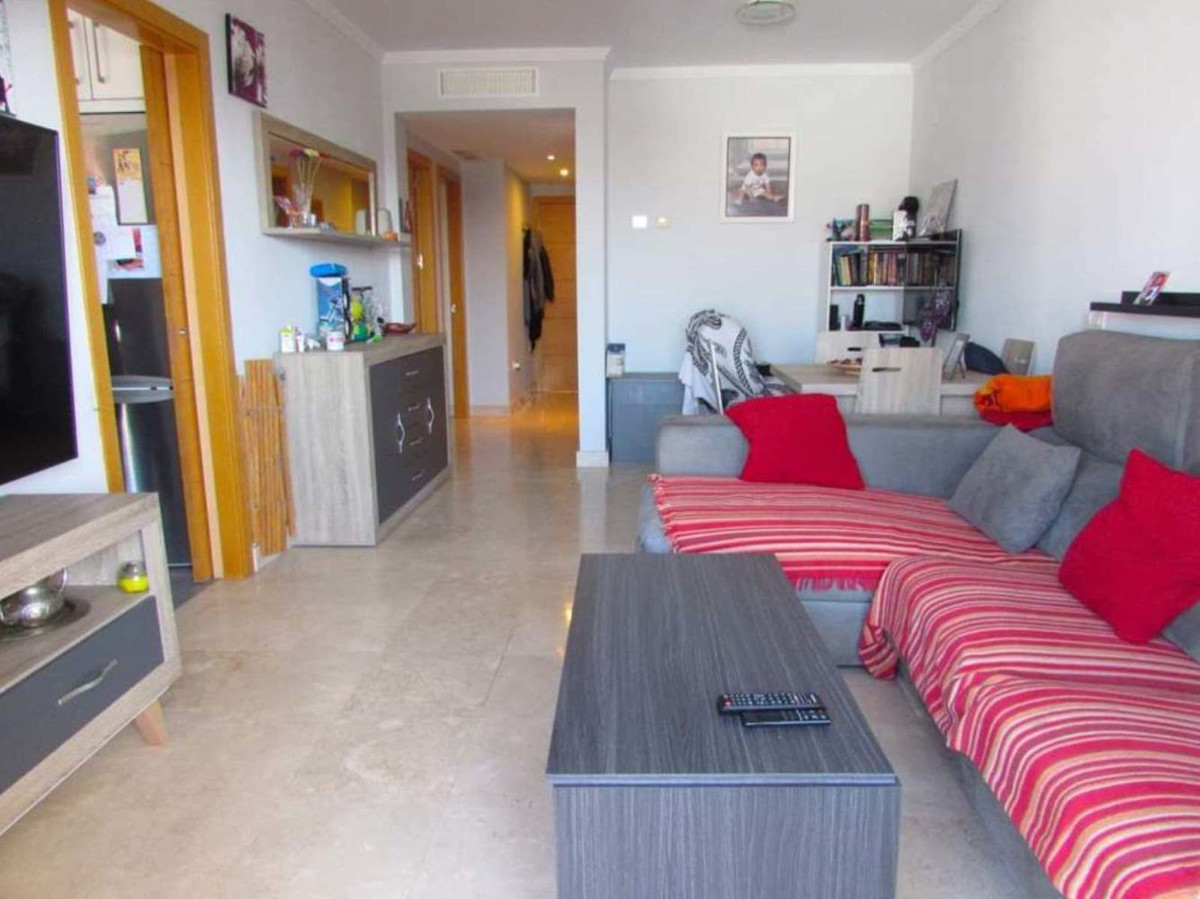 If you want to live in an apartment just 5 minutes walk from the beach, promenade or restaurants  ! ,Spain