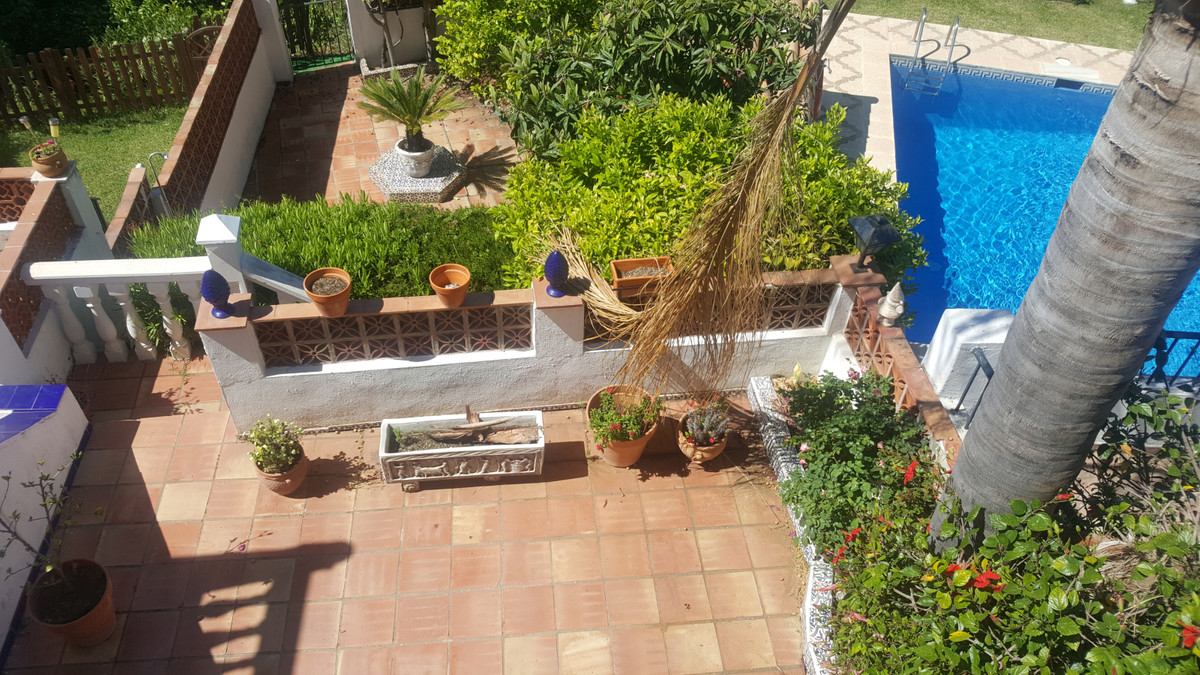 Semi-detached House, located in a quiet Residential Area Puerto Romano, a few meters from the Beach,,Spain