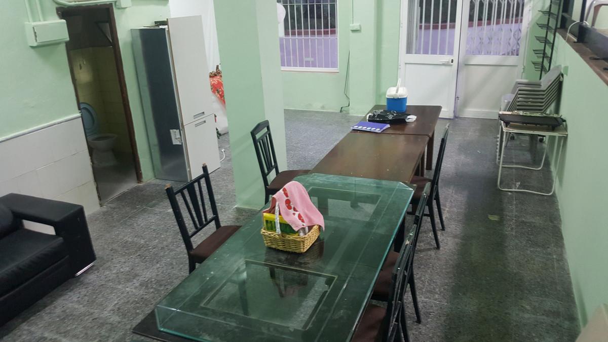 Comercial 0 Dormitorios en Venta Estepona